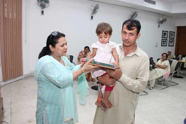 thumbnail_Gifts for Basmina at Rotary Club of Chandigarh