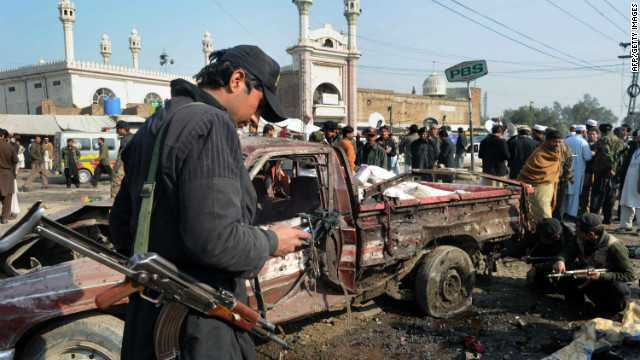 120110123908-pakistan-markert-bomb-story-top